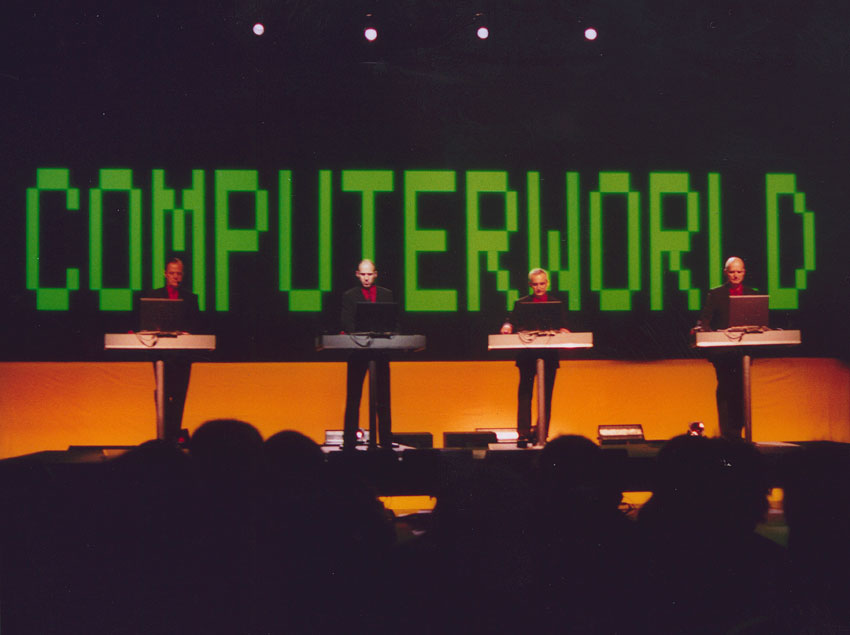 Kraftwerk_live_in_Stockholm